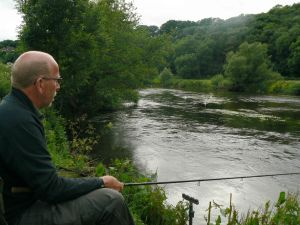 Kev waits for the wrap round - Wye June 2013