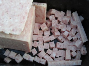 Sausage Sizzle flavoured Luncheon Meat